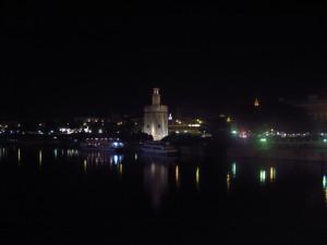 Vista Nocturna del Guadalquivir